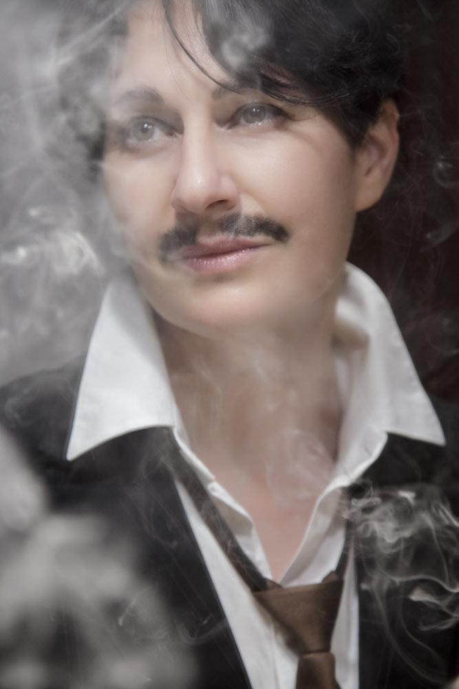 Ritratti,donna, fumo