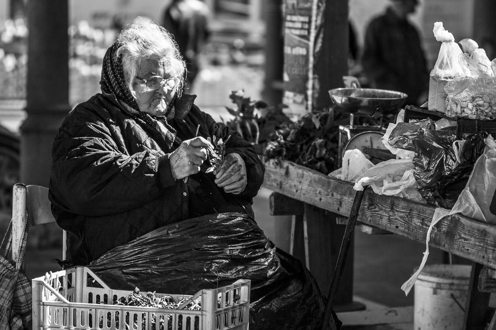 Ritratti, Reportage,anziana, mercato